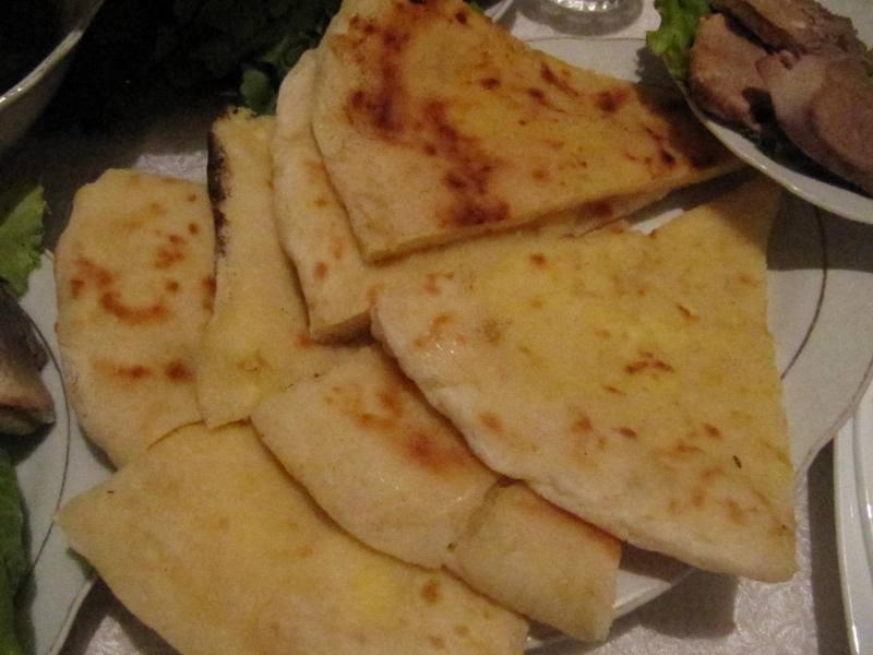 chaczapuri, Gruzja, kuchnia gruzińska, Martyna Skura, blog podróżniczy