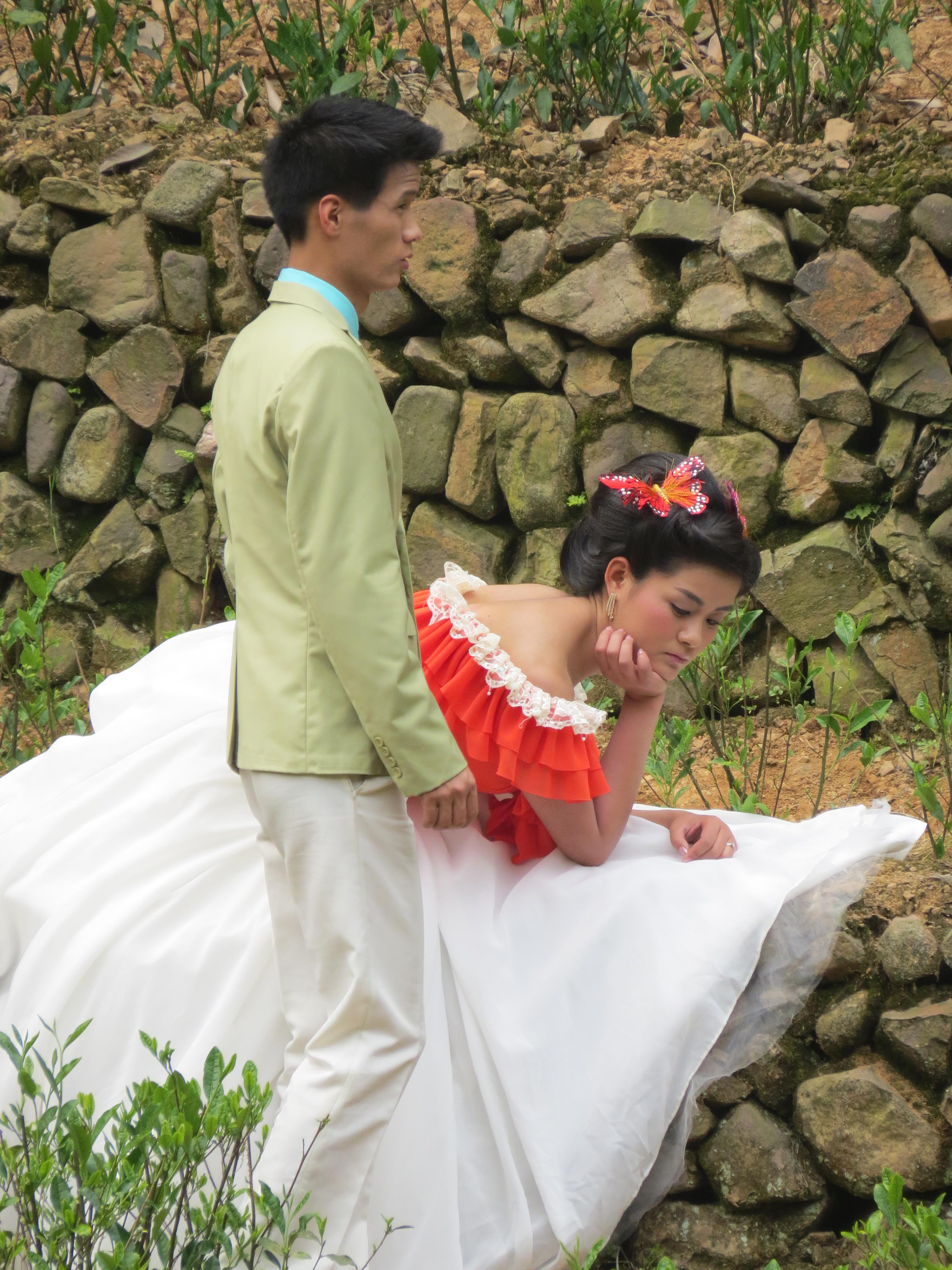 ślub w Chinach, para młoda w Chinach, Chiny, znaczenie kolorów w Chinach, żałoba w Chinach
