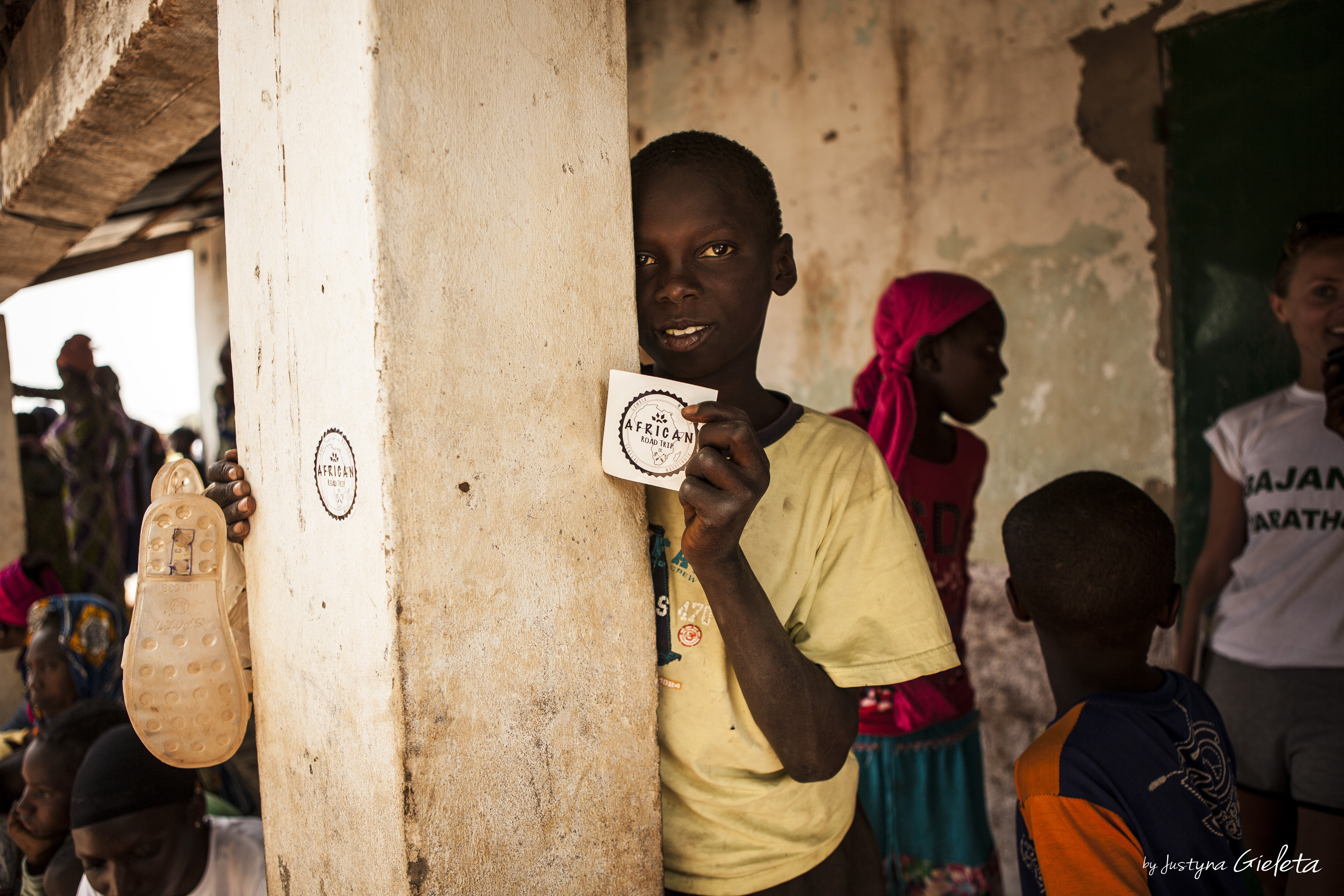 dzieci w Gambii, African Road Trip, HollyCow, Martyna Skura, lifein20kg