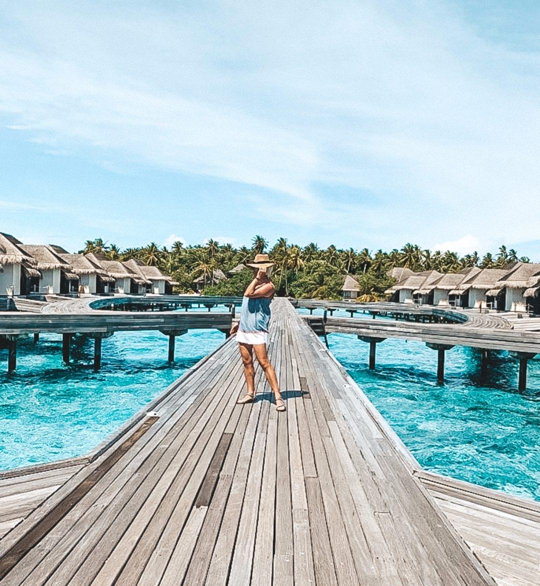 Malediwy, domki na wodzie, turkusowa woda